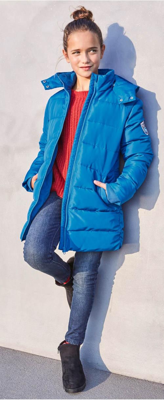 Světlé modrá delší holčičí bunda