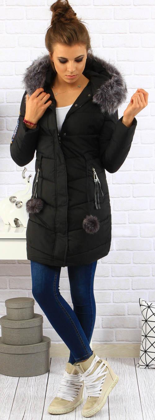 Zimní bunda s bambulkama