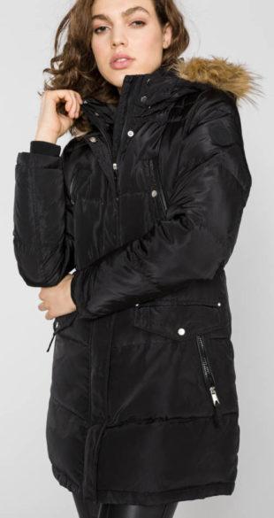 Dlouhá černá dámská bunda s odnímatelným umělým kožíškem