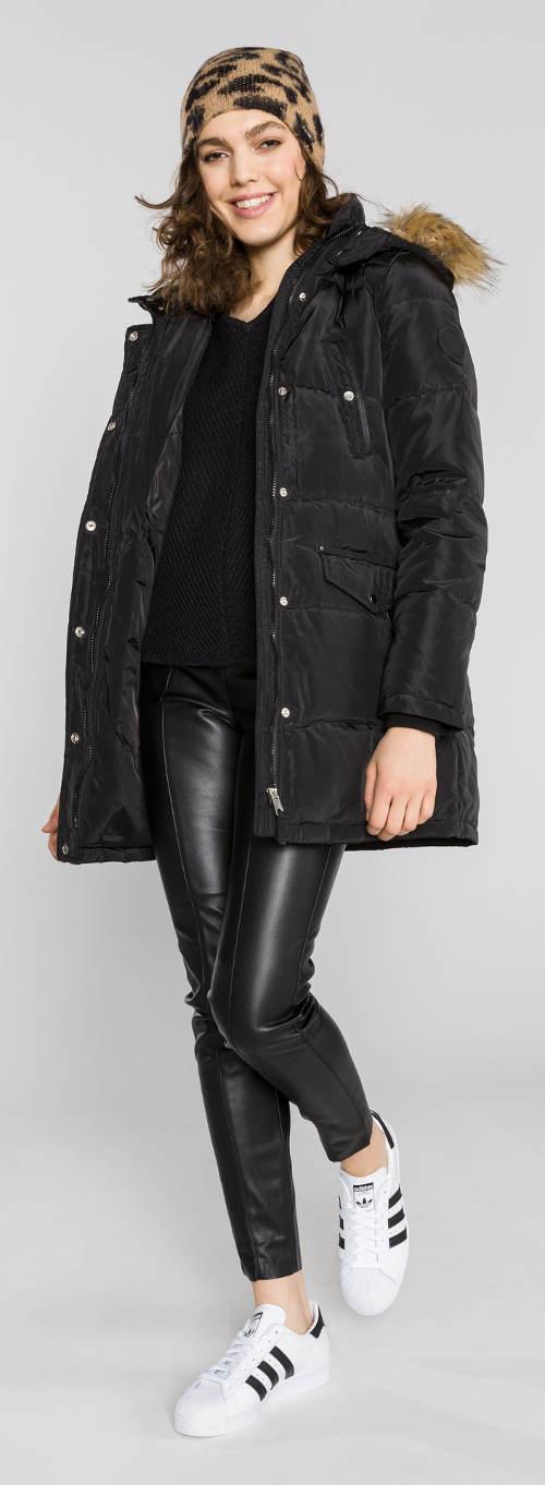 Moderní zimní bunda pro mladé