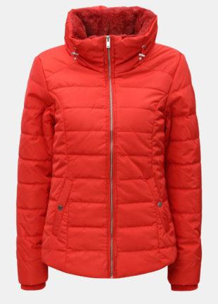 Červená krátká zimní bunda s umělým kožíškem