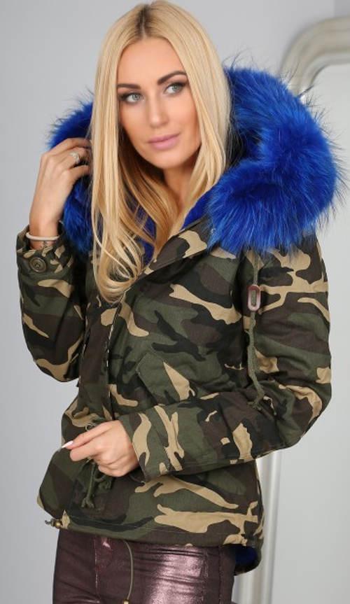 Dámská zimní maskáčová bunda s bohatým kožíškem