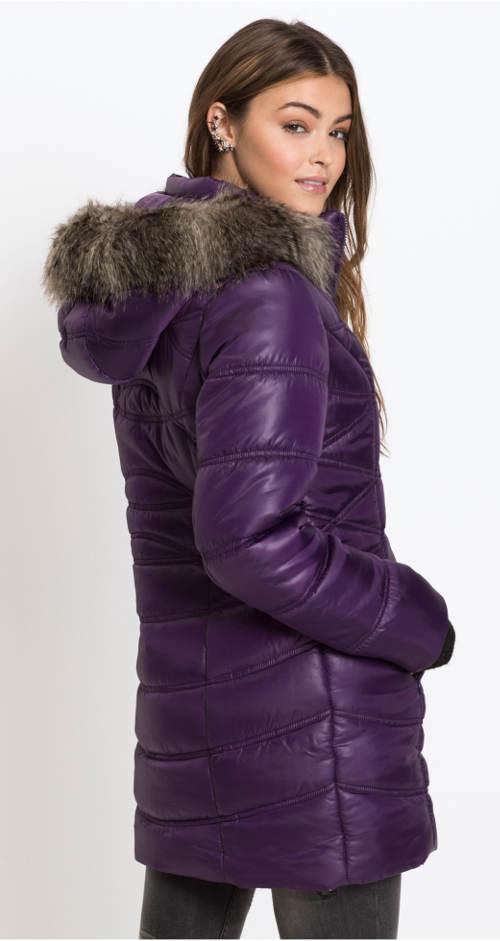 Dlouhá fialová dámská prošívaná bunda
