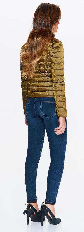 Krátká lehká prošívaná dámská bunda