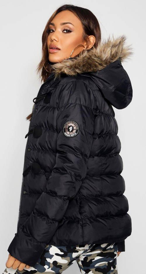 Moderní dámská zimní bunda