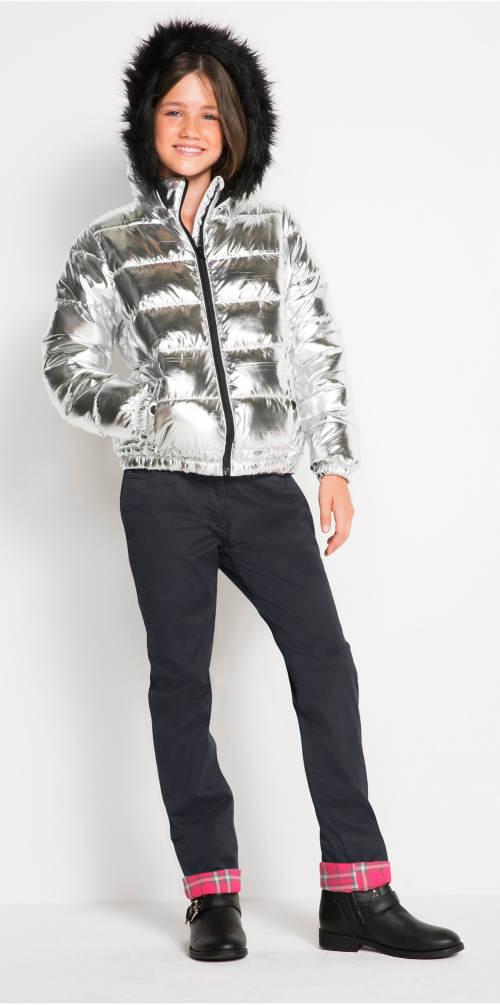 Moderní stříbrná zimní bunda pro dceru