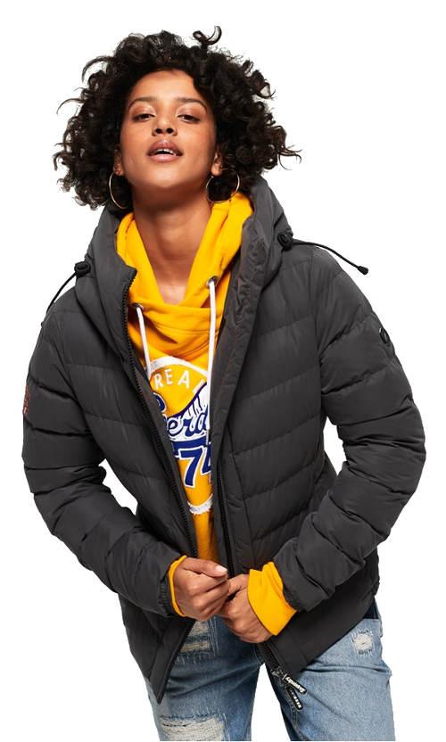 Nadýchaná šedá prošívaná dámská bunda