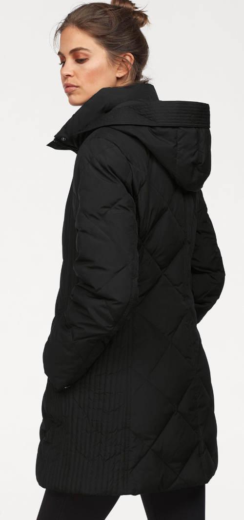 Dlouhá černá dámská bunda s pletenými vsadkami