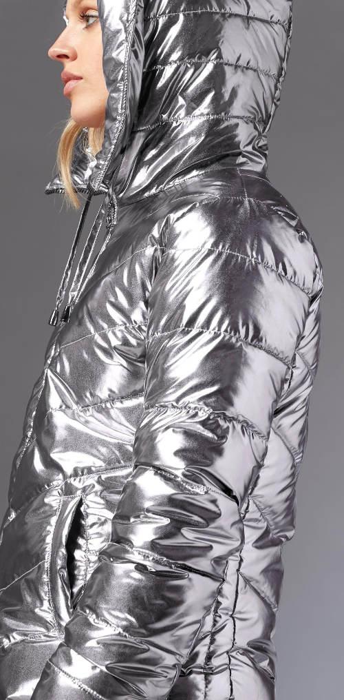 Stříbrná dámská zimní bunda s kapucí