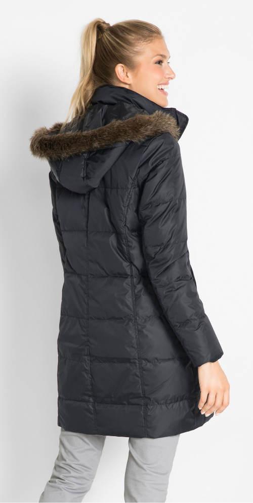 Delší péřový kabát z lehkého peří