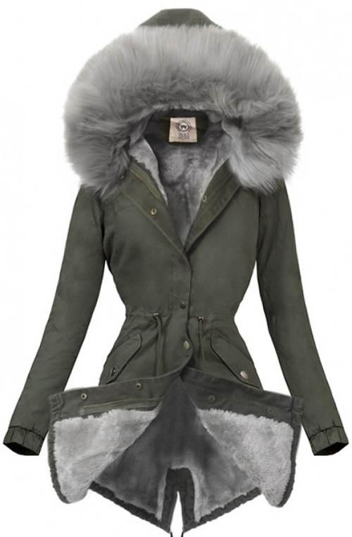 Elegantní zimní kabát s bohatou kožešinou