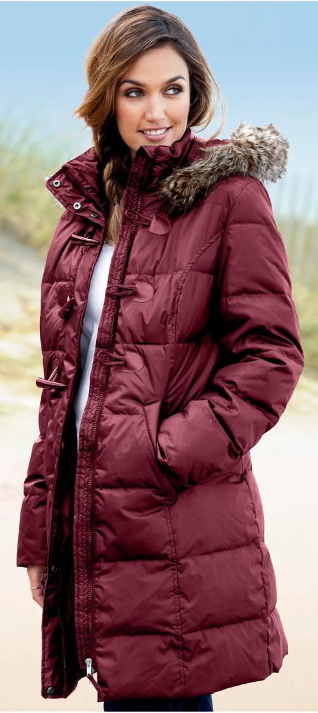 Prošívaný péřový dámský zimní kabát