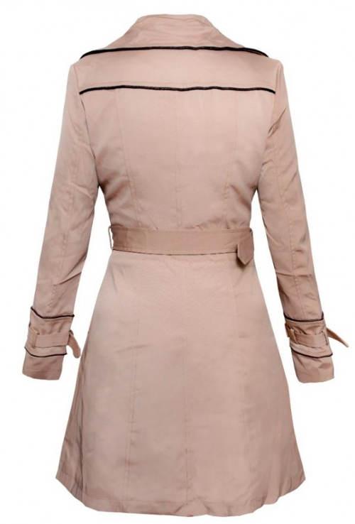 Světlý dámský zimní kabát