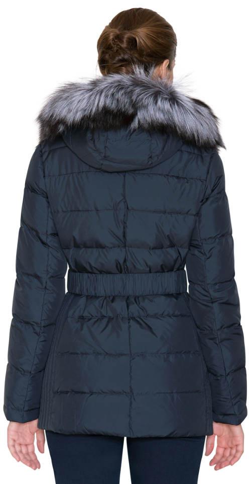 293a5ab771a Tmavě modrý prošívaný kabát s liškou