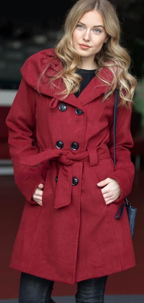 Červený dámský zimní kabát za příznivou cenu