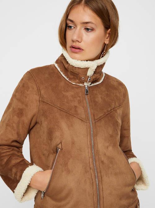 Hnědá lehčí dámská zimní bunda