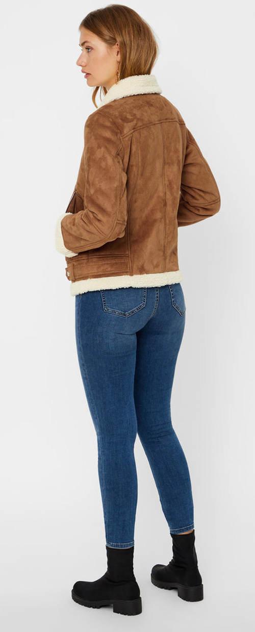 Krátká semišová dámská zimní bunda