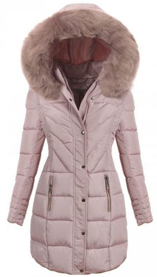 Světle růžový prošívaný dámský zimní kabát