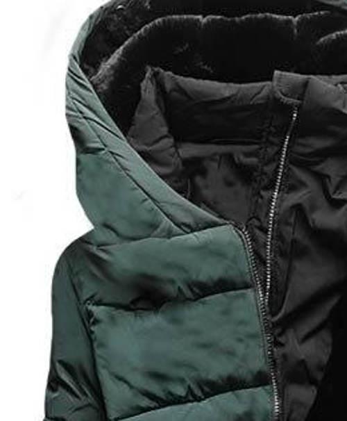 Tmavě zelená zimní bunda s velkou kapucí
