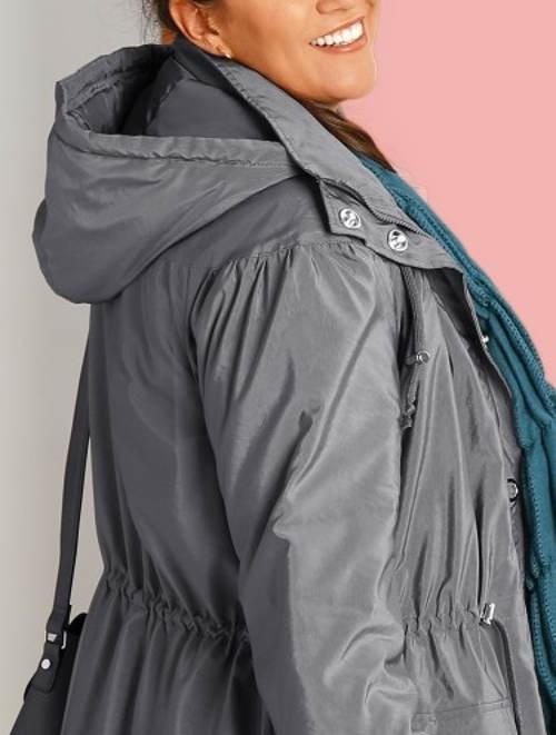 Pohodlná šedá dámská zimní bunda