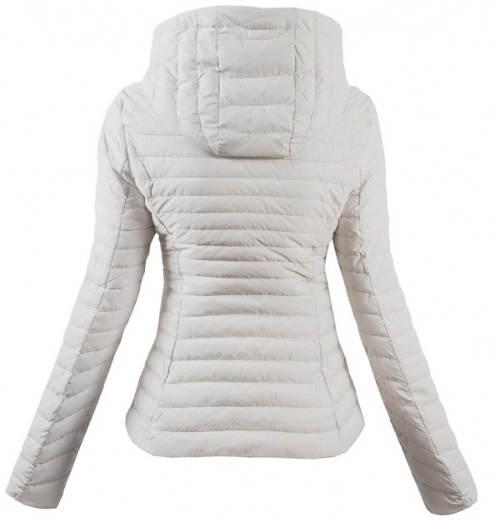 Sněhově bílá zimní bunda s velkou kapucí