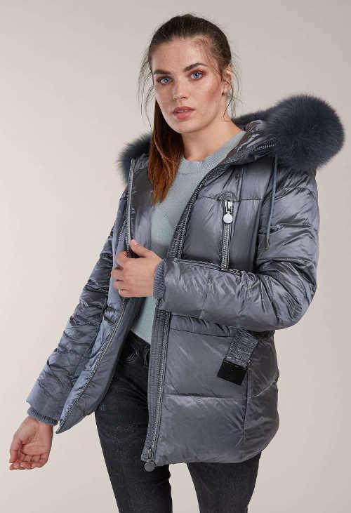 Péřová dámská zimní bunda stříbrno šedé barvy