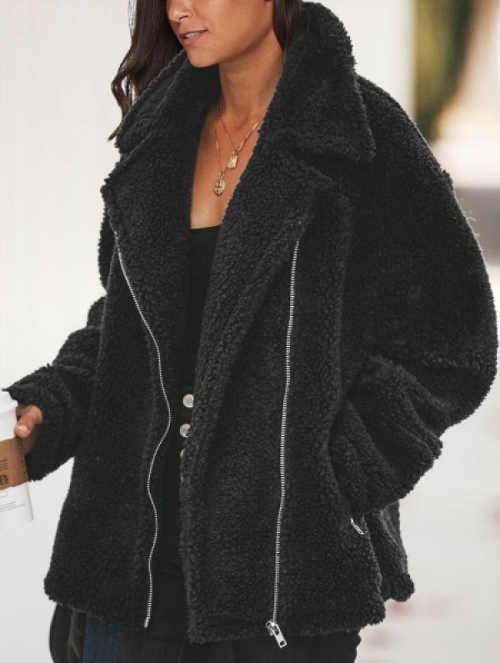 Černá zimní bunda do pasu s velkým límcem
