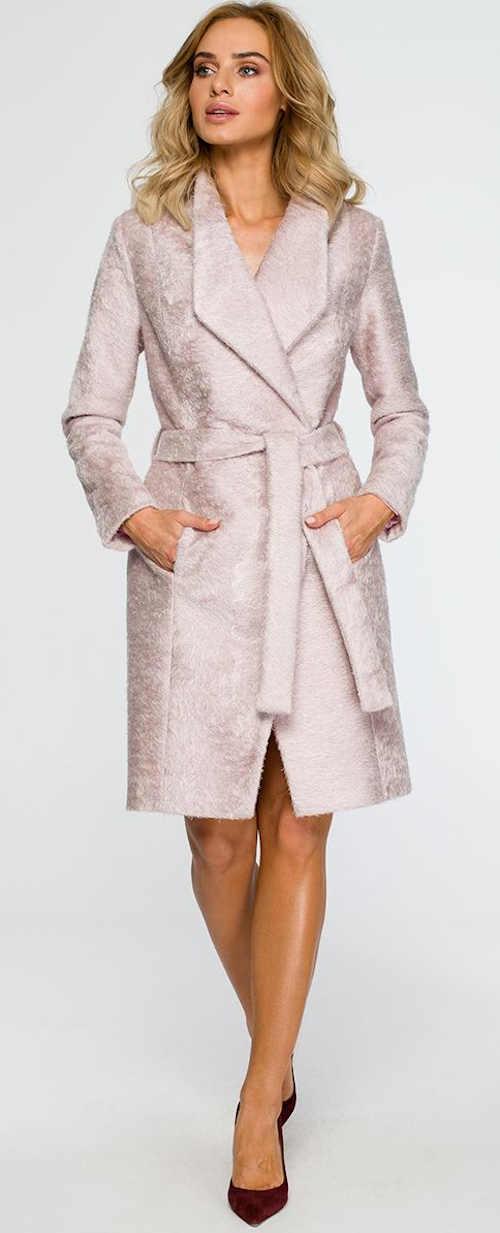 Elegantní kabátek s páskem