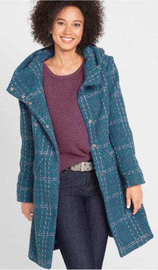 Dámský buklé kabát s kostkovaným vzorem