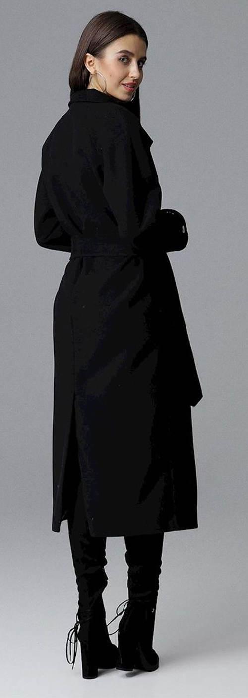 Jednobarevný černý kabát prodloužené délky