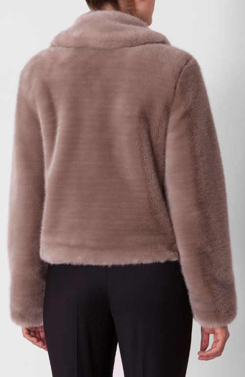 Krátký  luxusní dámský zimní kabátek