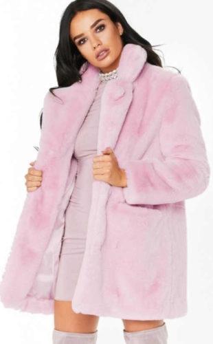 Světle růžový kratší zimní dámský semišový kabátek
