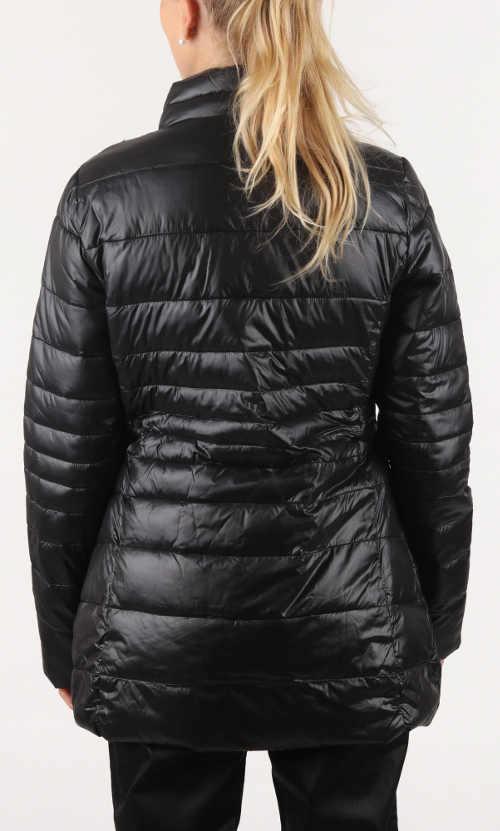 Prodloužená černá dámská zimní bunda