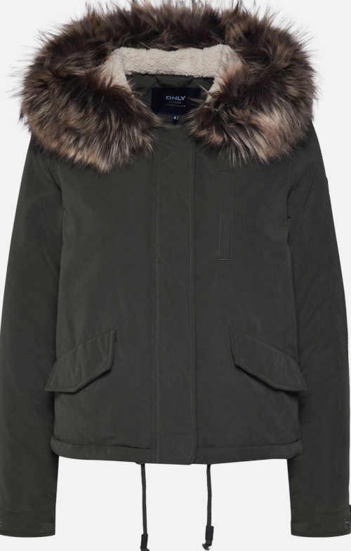 Zimní parka s kapucí s kožešinovým lemem