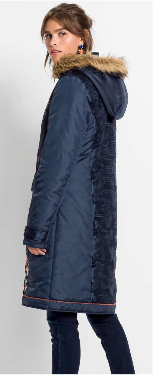 Dlouhá modrá dámská zimní bunda s kožíškem