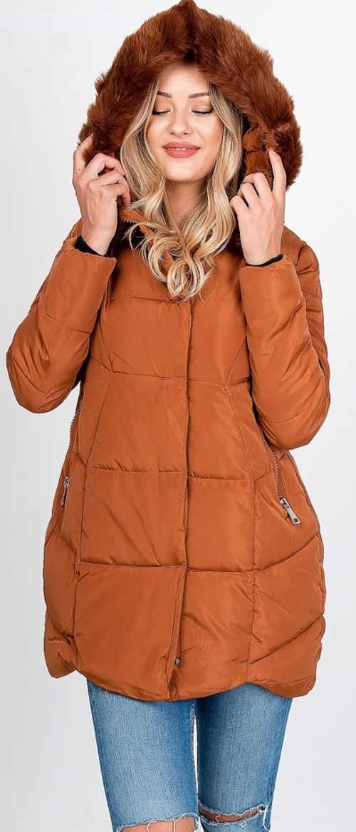 Hnědá zimní bunda s hřejivou kapucí