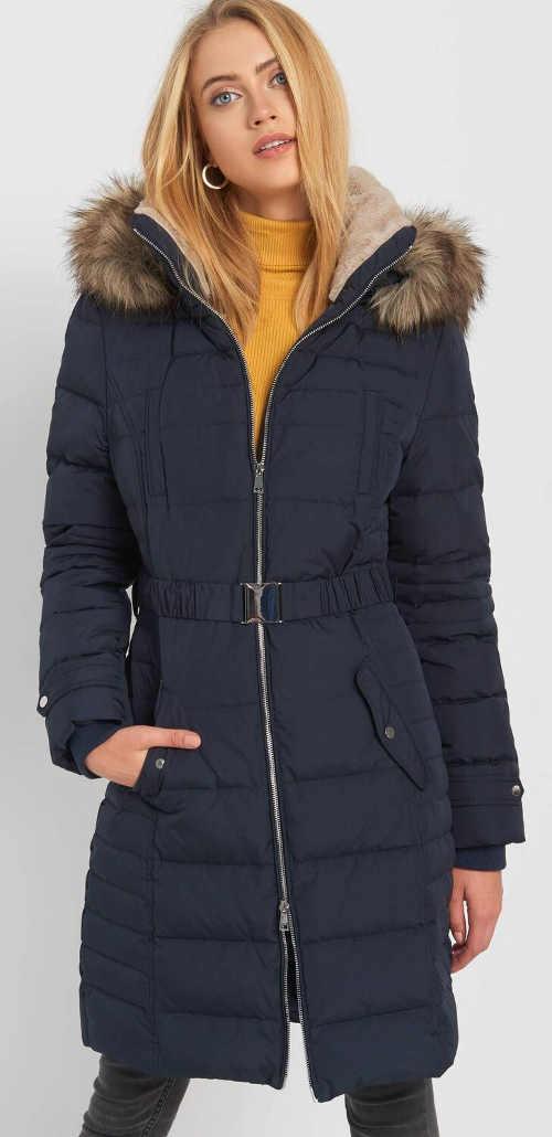 Modrý prošívaný dámský peřový kabát