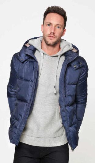 Teplá pánská zimní bunda s kapucí se stojáčkem