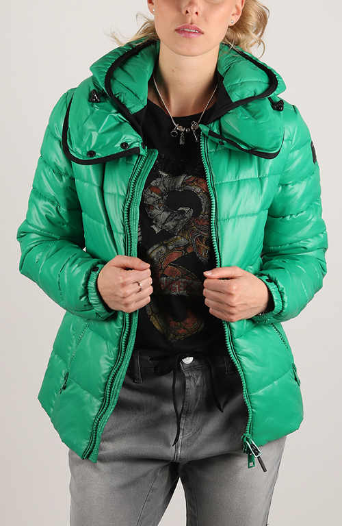 Zelená prošívaná dámská zimní bunda bez kožíšku