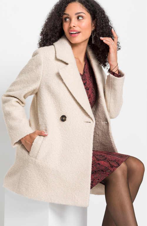 Krátký ale teplý béžový dámský zimní kabát