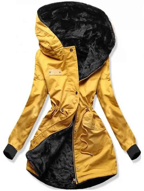 Žlutá dámská zimní bunda s velkou kapucí