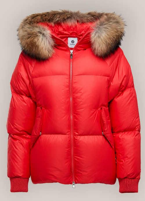 Červená péřová bunda moderního oversized střihu