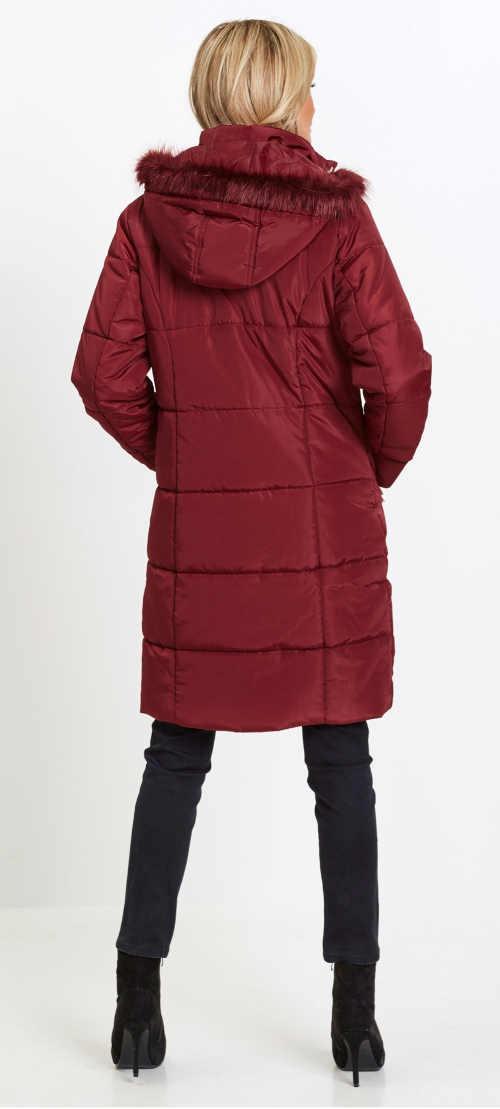 Červená prodloužená dámská zimní bunda s kapucí a kožíškem
