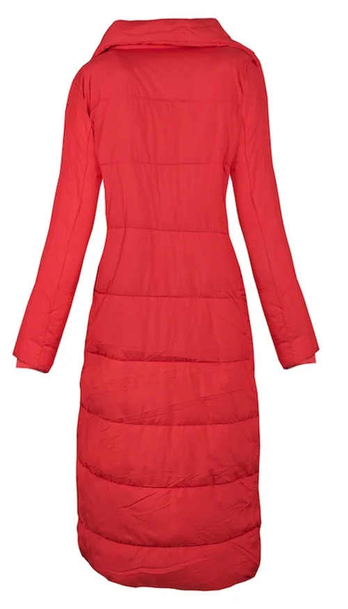 Extra dlouhý červený prošívaný dámský zimní kabát