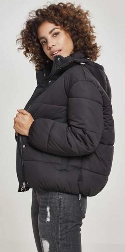 Jednobarevná černá péřová dámská zimní bunda