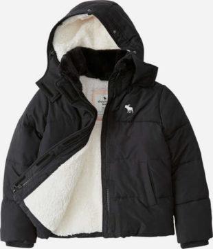 Černá klučičí zimní bunda s bílým vnitřním medvídkem