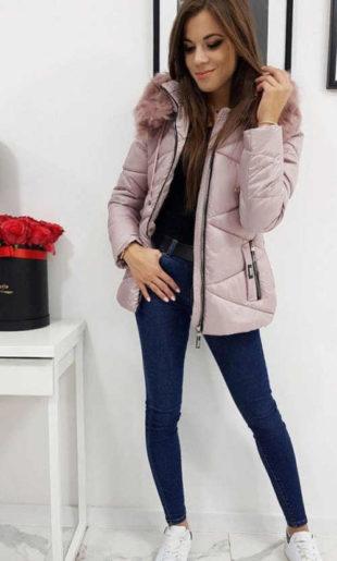 Dámská prošívaná zimní bunda s odnímatelnou kapucí