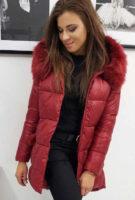 Dámská prošívaná zimní bunda v působivé bordó barvě