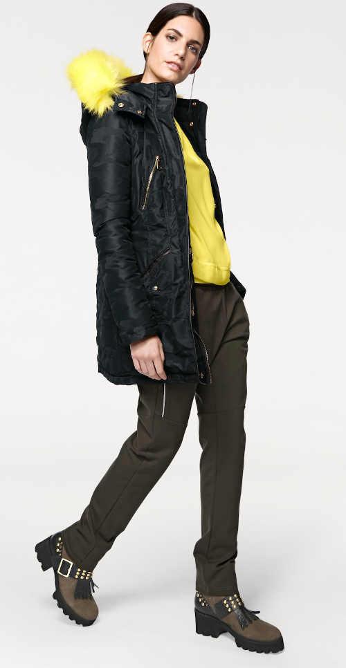 dámská bunda na zimu s integrovanou kapucí