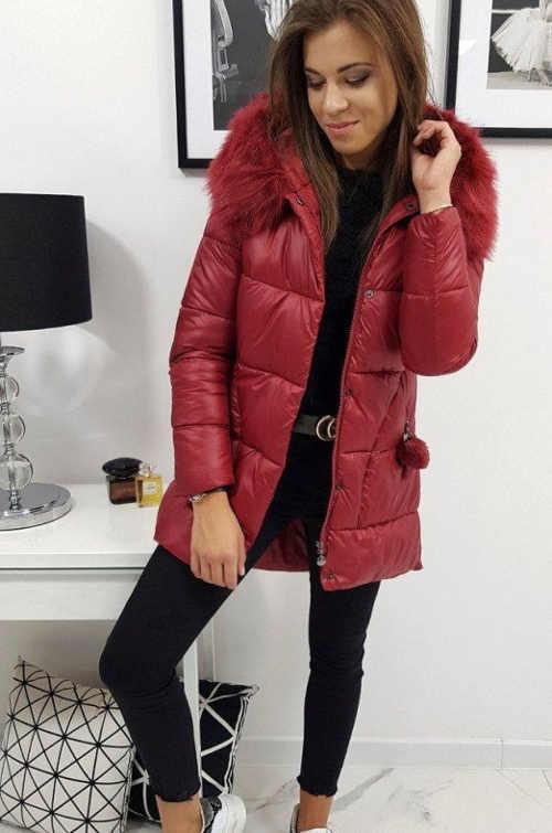 prošívaná zimní bunda v prodloužené délce s kapucí